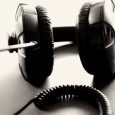 Musik hören passier heutzutage vor allem nebenbei und unterwegs. Durch die Revolution zuerst der kleinen mp3-Player und dann der multifunktionalen Smartphones hört nun jeder wann und wo er will […]